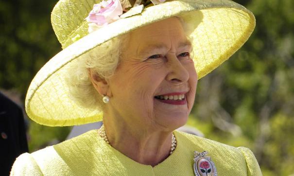 Королева была рада узнать, что сбор для лечения Адисы успешно закрыт