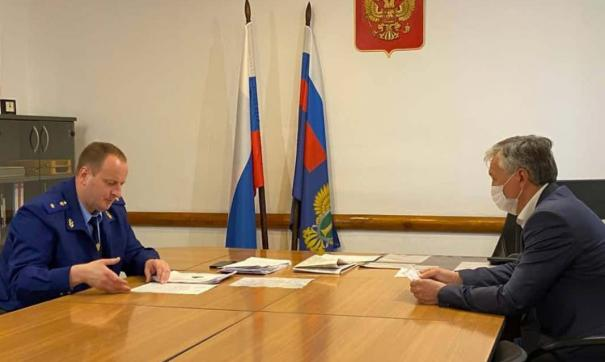 Александр Блошкин вынес предостережение главе Краснобродского округа