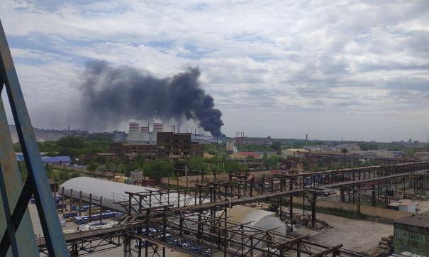 В Челябинске горит склад возле ЧЭМК
