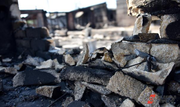 Второй этаж дома выгорел целиком
