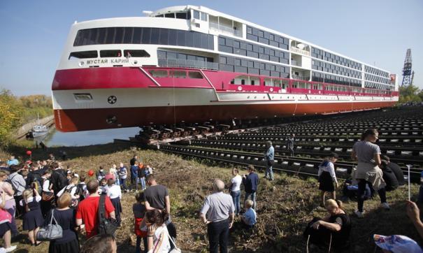 Круизный лайнер «Мустай Карим» сошел в 2020 году со стапелей завода «Красное Сормово» в Нижнем Новгороде