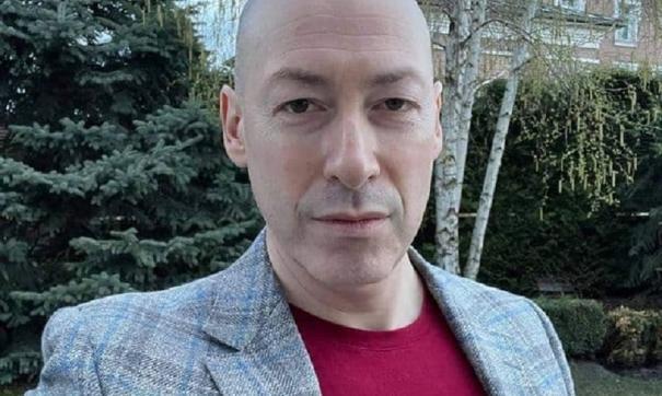 Дмитрий Гордон объявил пополнения своей кондитерской коллекции