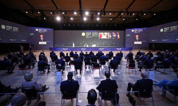 Путин заявил, что в РФ не должно остаться неперспективных регионов
