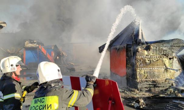 Тушение газовой АЗС в Новосибирске