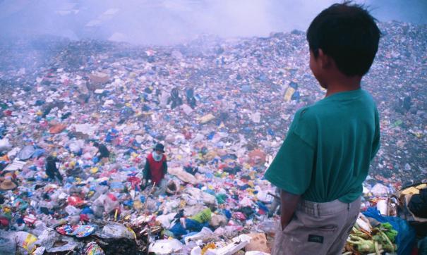 Основной причиной конфликтов по традиции становится мусор