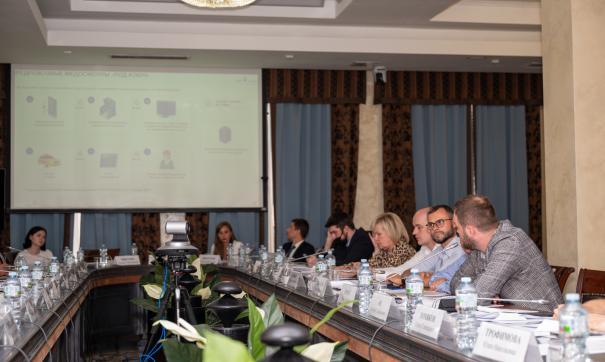 В ОП РФ обсудили применение телемедицины для водителей