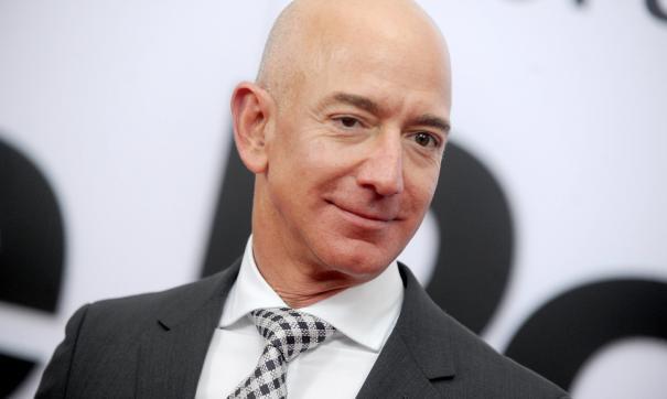 Безос опустился на второе место в списке миллиардеров Forbes