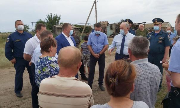 Губернатор Саратовской области прибыл на место пожара