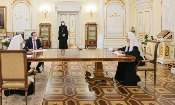 Святейший патриарх Московский и Всея Руси Кирилл встретился с врио главы Мордовии Артемом Здуновым