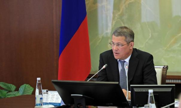Радий Хабиров уже возмущался тем, что на полигоне часто происходят пожары, и грозился отправить владельцев в отставку