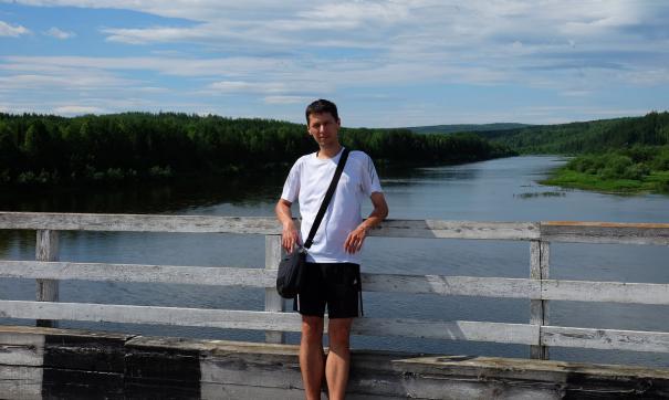 Владислав Постников успел подать документы на выборы