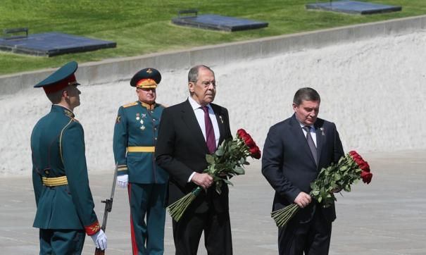 Лавров и Бочаров