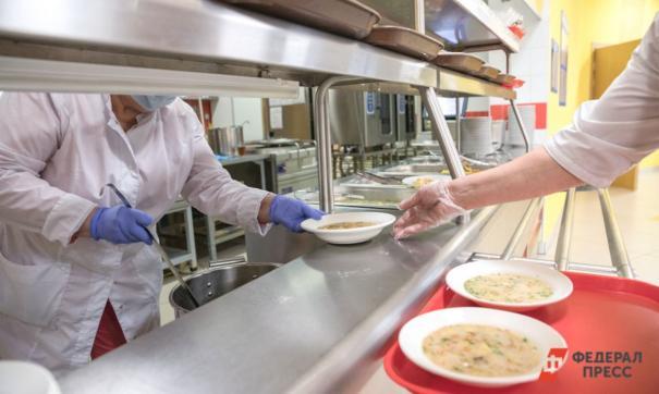 У комбината школьного питания в Новокузнецке накопились долги перед поставщиками