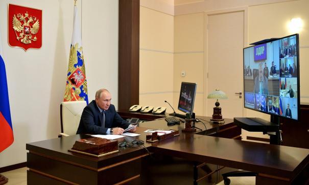 Путин пообщался с лидерами политических партий