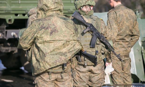 Предположительно, солдат погиб из-за удара током в результате попытки перелезть через опору ЛЭП