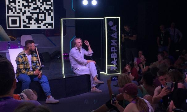 Шнуров отказался от использования смартфонов