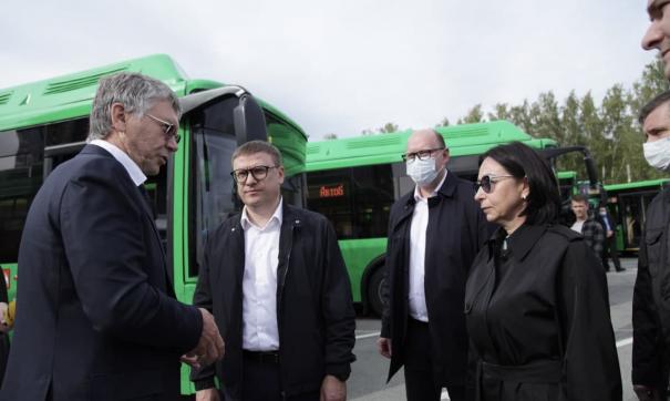 157 новых автобусов доставят в Челябинск к концу октября