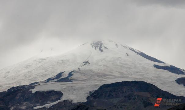 МЧС опроверг информацию о челябинке в группе альпинистов на Эльбрусе