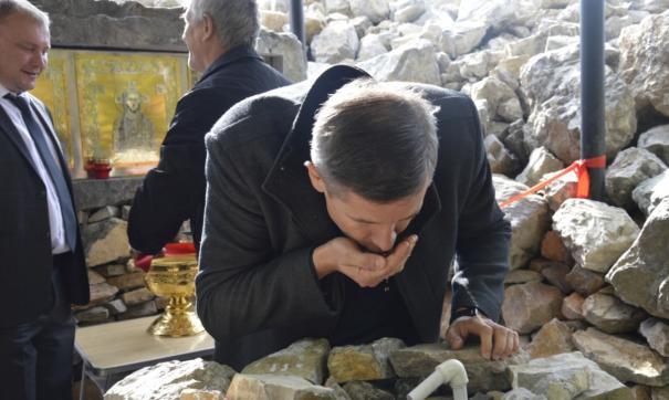 В Челябинской области чиновники торжественно открыли родник