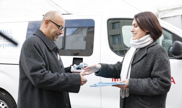 Екатеринбургские травматологи получили в подарок современный автомобиль