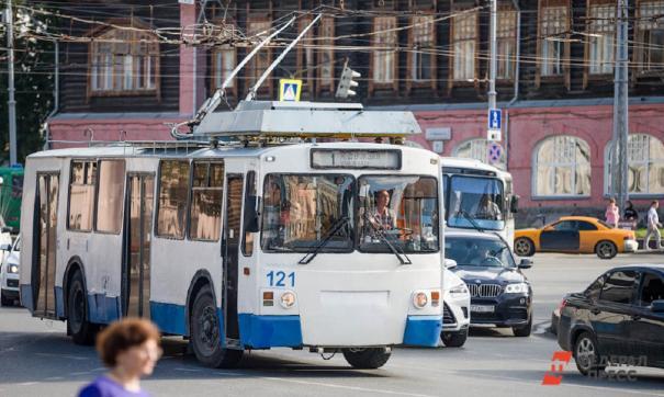 Городские власти обещают обратить внимание на троллейбусы