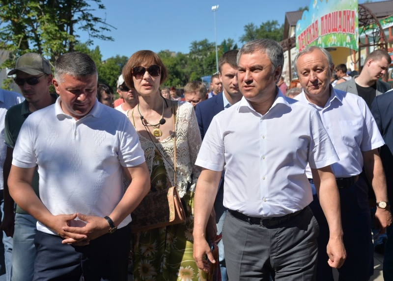 «Петля вокруг Радаева будет сжиматься и придушит его». Саратовская область ждет отставку губернатора
