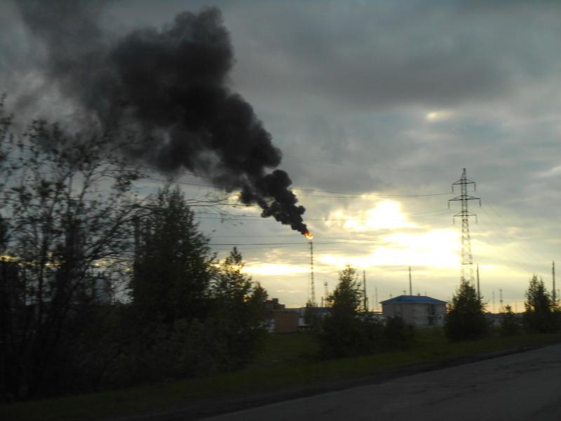 Крупнейшие загрязнители воздуха в Омске нефтехимические предприятия
