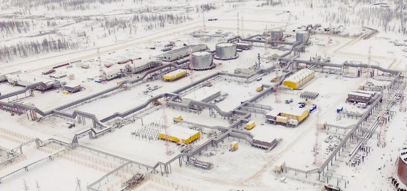 Нефть с Русского месторождения начала поступать в систему трубопроводов
