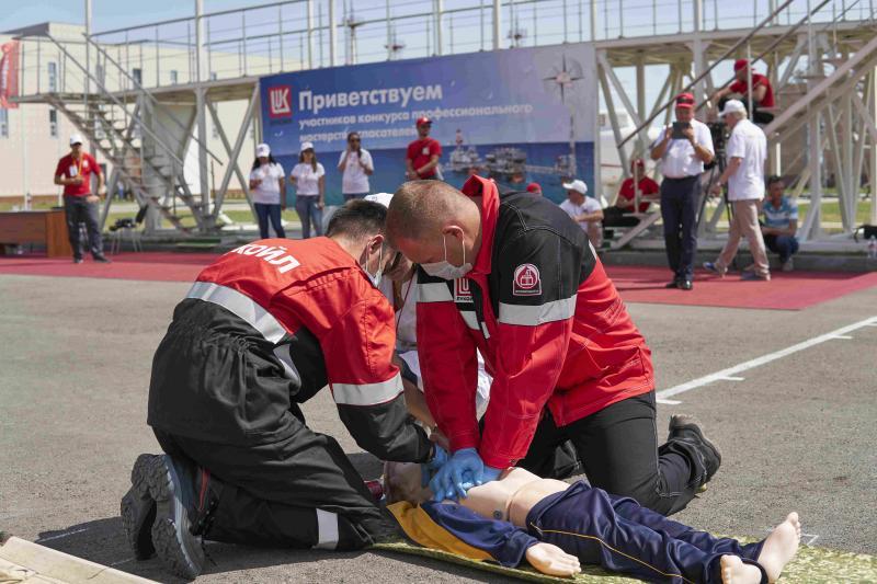 Специальные тренажеры помогают освоить навыки по оказанию первой медицинской помощи.