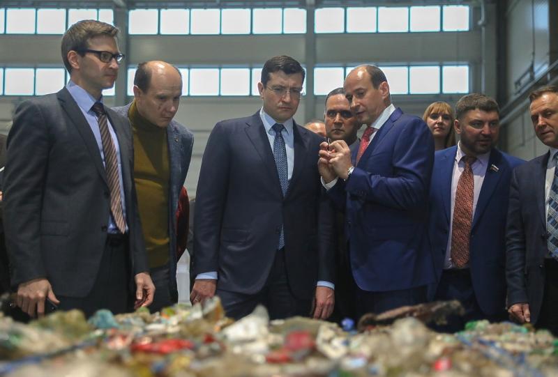 Новиков поблагодарил правительство области за содействие и заявил о намерении и дальше развиваться в выбранном направлении