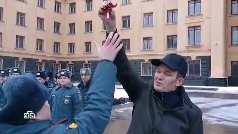 Игнатьев заставил офицера прыгать за ключами