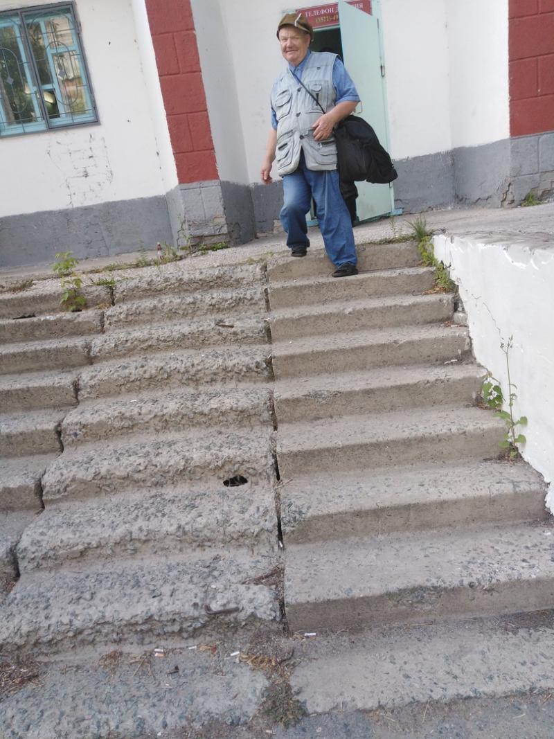 лестница участкового пункта отдела полиции №1 УМВД
