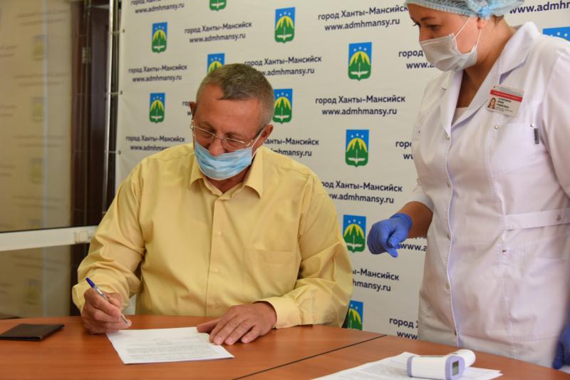 Сергей Андрейченко привился от гриппа