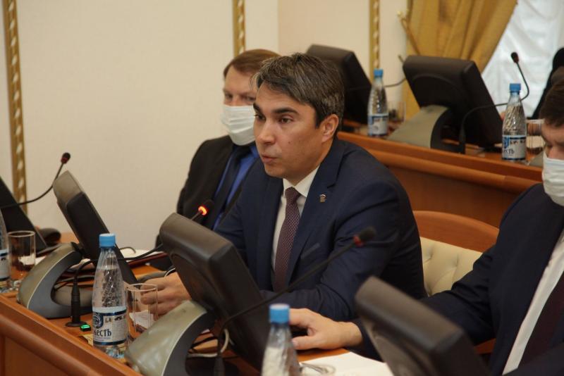 Депутат Евгений Кафеев считает, что запланированный рост налогов может быть неосуществимым