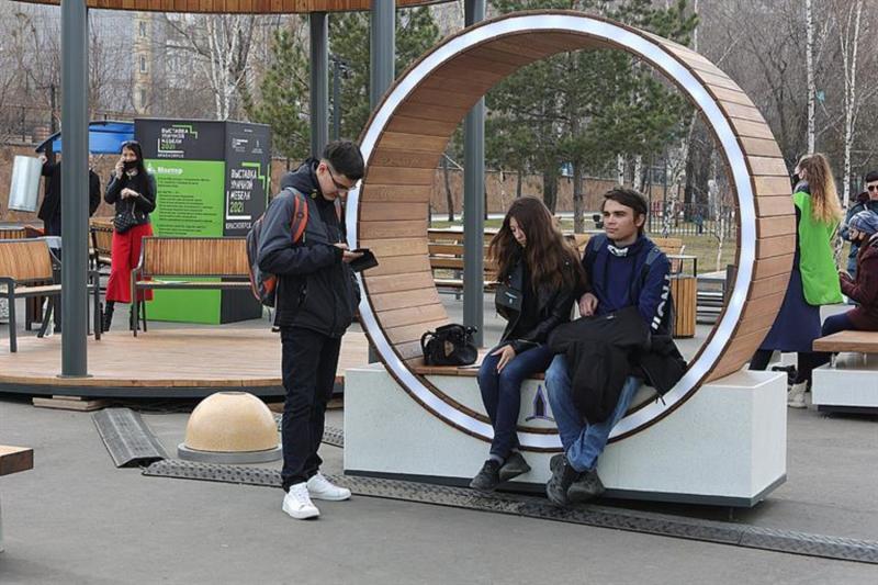 Выставка уличной мебели